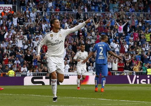 Ronaldo bùng nổ với hai cú hat-trick trong vòng một tuần ở La Liga