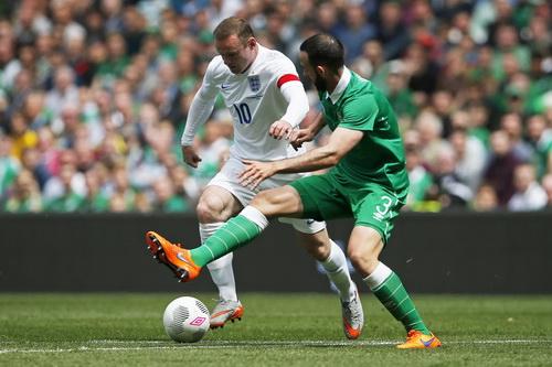 Wayne Rooney xông xáo trước chủ nhà Ireland