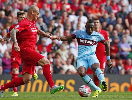 Diafra Sakho ghi bàn thứ ba, giúp West Ham đánh bại Liverpool 3-0
