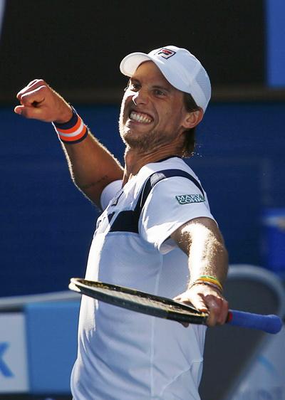 Andreas Seppi thi đấu bùng nổ, đánh bại ứng viên Federer