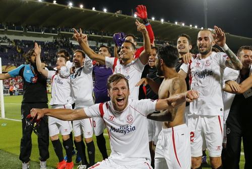Sevilla lần thứ tư trong lịch sử vào chung kết Europa League/UEFA Cup