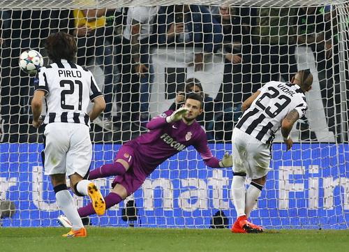 Vidal (23) ghi bàn duy nhất cho Juventus trước Monaco