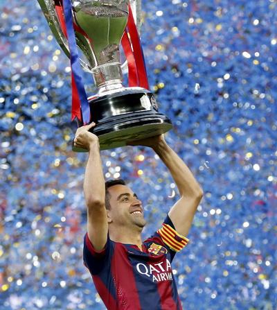 Chiến binh Xavi và chiếc cúp vô địch thứ 23 trong lịch sử Barcelona