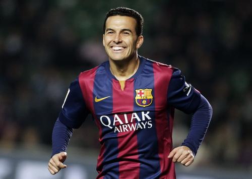 Pedro không thể cạnh tranh suất đá chính với Luis Suarez tại sân Nou Camp