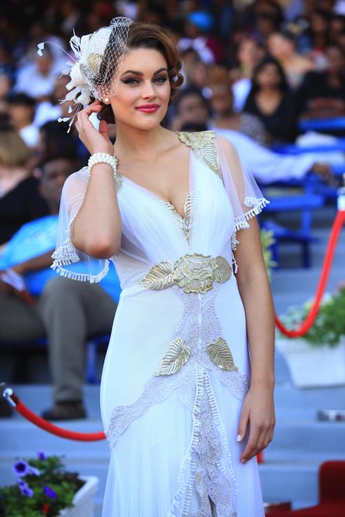 Ngắm nhan sắc Hoa hậu đẹp nhất thế giới 2014 – 2015