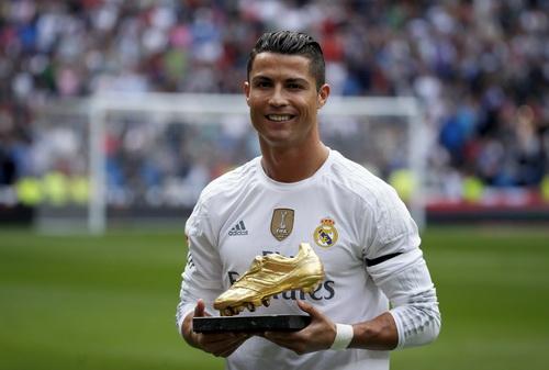 Messi lần thứ 4 đoạt Chiếc giày vàng châu Âu - Ảnh 3.