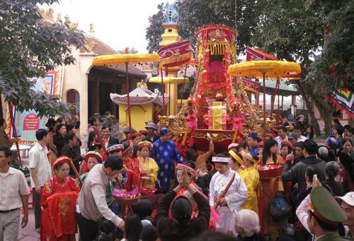Lễ hội Đền Hạ (TP Tuyên Quang).Ảnh: Huy Hoàng