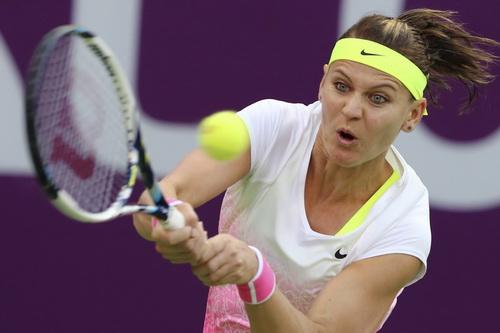 Lucie Safarova sẽ là đối thủ của Azarenka ở chung kết