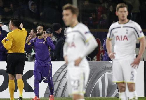 Mohamed Salah ghi bàn quyết định, loại Tottenham khỏi Europa League