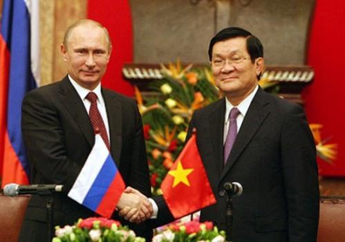 Chủ tịch nước Trương Tấn Sang và Tổng thống Liên bang Nga Vladimir Putin tại chuyến thăm Việt Nam năm 2013 - Ảnh: TTXVN
