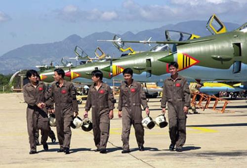 """Su-22M4, với số lượng hàng trăm chiếc là 1 trong 2 loại máy bay giữ vai trò nhiệm vụ """"xương sống"""" của lực lượng không quân nước ta trong nhiệm vụ bảo vệ Tổ quốc"""
