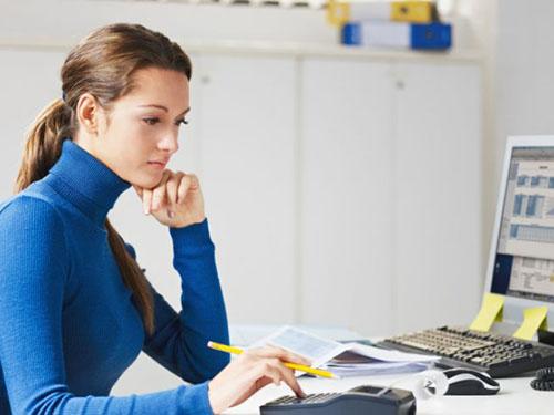 Ngồi làm việc nhiều có thể làm tăng nguy cơ ung thư vú và niêm mạc tử cungẢnh: Live Science