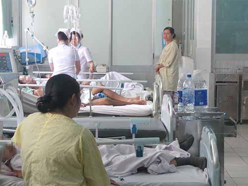 Bệnh nhân đột quỵ được điều trị tại Bệnh viện Nhân dân 115 (TP HCM)