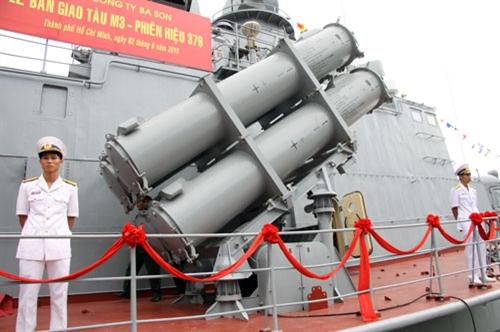 Vũ khí trên tàu M3