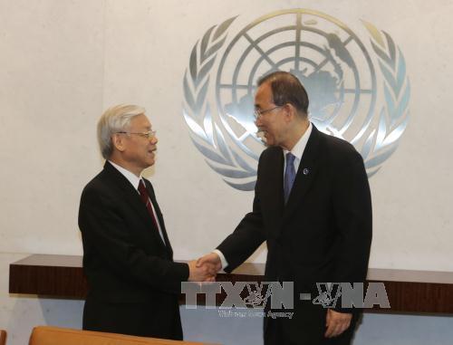 Tổng Bí thư Nguyễn Phú Trọng và Tổng thư ký LHQ Ban Ki-moon tại trụ sở LHQ ở New York