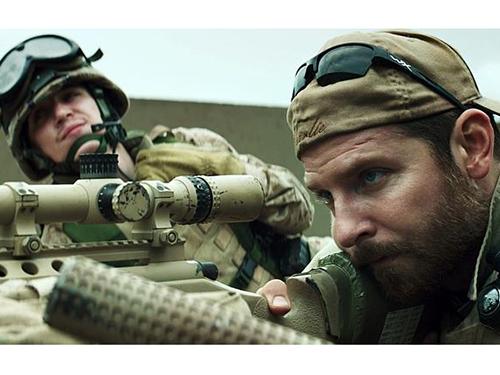 Diễn viên Bradley Cooper được đề cử Oscar cho vai tay súng Chris Kyle Ảnh: AP