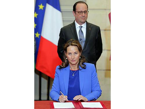 Tổng thống Pháp Francois Hollande và bà Ségolène Royal cùng xuất hiện ngày càng nhiều trong các sự kiệnẢnh: AP