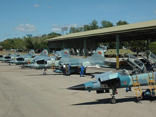 Không quân Indonesia có kế hoạch thay thế loại máy bay F-5 cũ kỹ Ảnh: SKYCRAPER CITY