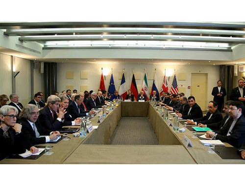 Cuộc họp ngoại trưởng Iran và nhóm P5+1 ở Lausanne - Thụy Sĩ ngày 30-3Ảnh: PRESSTV