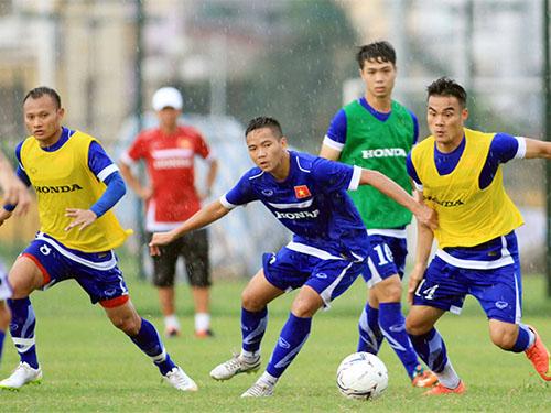 Các cầu thủ U23 sẽ sát cánh cùng lứa đàn anh ở tuyển quốc gia trong trận giao hữu với CHDCND  Triều TiênẢnh: HẢI ANH