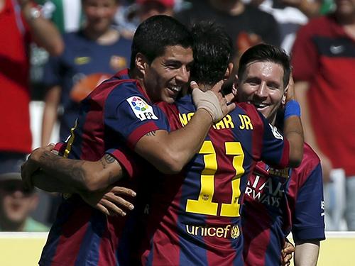 Bộ ba tấn công Suarez - Neymar - Messi là điểm tựa cho Barca ở trận lượt đi trên sân nhà Ảnh: REUTERS