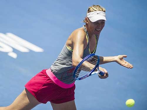 Sharapova luyện tập chuẩn bị cho Giải Mexico OpenẢnh: REUTERS