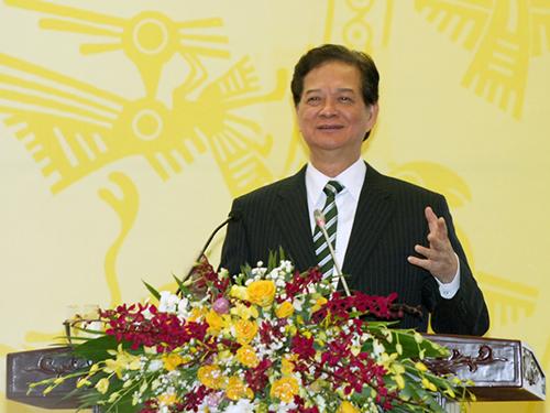 Thủ tướng Nguyễn Tấn Dũng chỉ đạo tại hội nghịẢnh: NHẬT BẮC