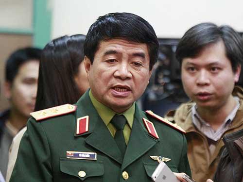 Trung tướng Võ Văn Tuấn trả lời báo chíẢnh: Văn Duẩn
