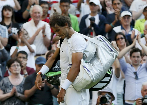 Cựu vô địch Nadal bốn năm liên tiếp không đi quá vòng 4 Wimbledon