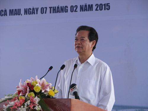 Thủ tướng Nguyễn Tấn Dũng phát biểu chỉ đạo tại lễ khánh thành cầu Năm Căn