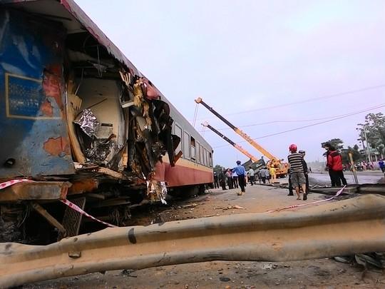 Hiện trường vụ tai nạn đường sắt tại Quảng Trị. ảnh: Quang Tám