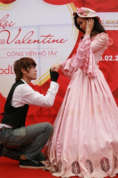 Jomeo va Juliet trong lễ hội tình yêu của Hà Nội