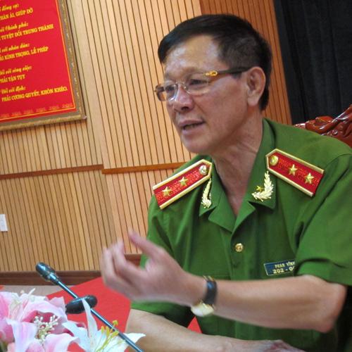 Trung tướng Phan Văn Vĩnh: Riêng hiện trường vụ án này được khám nghiệm tới 4 lần, cứ khám xong, thấy có điểm chưa an tâm lại làm lại từ đầu