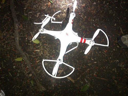 Chiếc máy bay không người lái rơi xuống khuôn viên  Nhà Trắng hôm 26-1Ảnh: USA TODAY