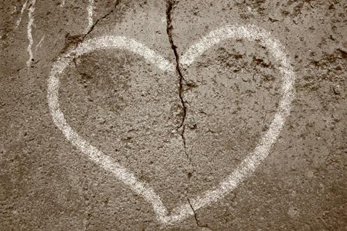Sau 17 năm chung sống, trái tim tôi tan nát, tôi căm hận chồng mình
