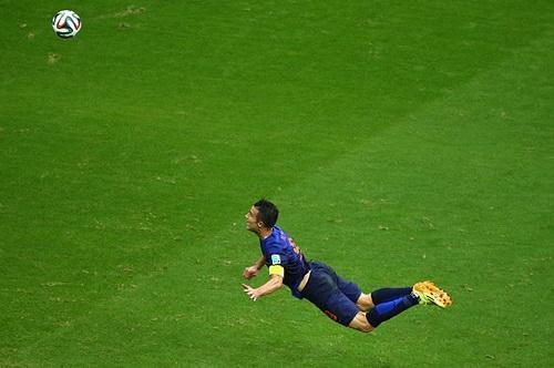Van Persie và bàn thắng đẹp nhất trong sự nghiệp