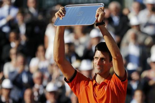 Kẻ thất bại vĩ đại Djokovic