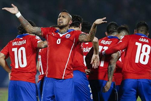 Arturo Vidal là động lực của tuyển Chile ở giải đấu trên sân nhà