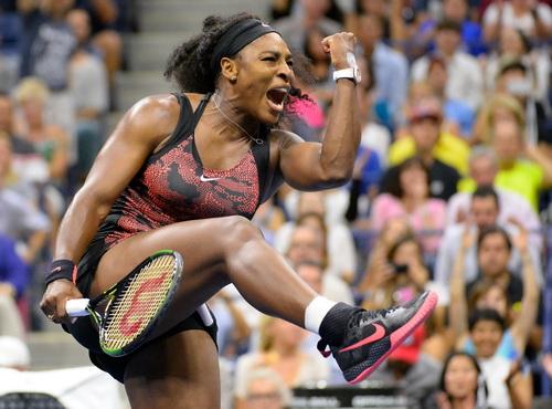 Serena phấn khích sau khi đánh bại đồng hương Mattek Sands