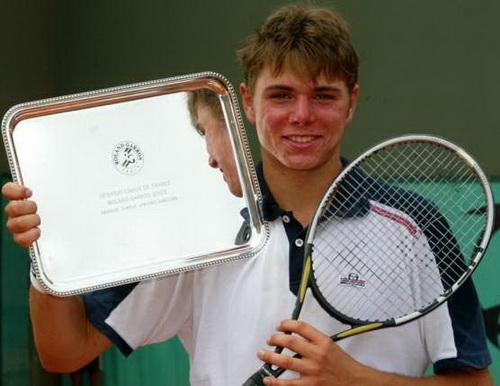Wawrinka từng giành chức vô địch trẻ tại Roland Garros 12 năm trước