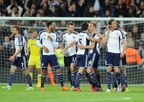 West Brom vui mừng với việc đánh bại tân vô địch Chelsea