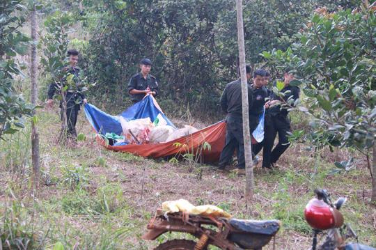 Hiện trường nơi xảy ra vụ nổ súng khiến 3 người chết, 16 người khác bị thương - Ảnh: Hoàng Thanh