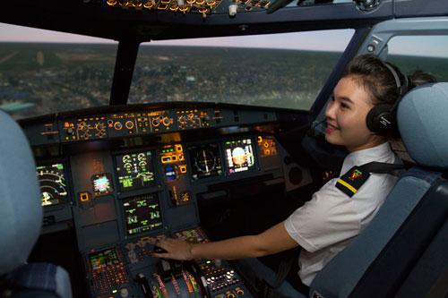 Các hãng hàng không Việt Nam đang rất cần phi công Ảnh minh hoạ: NGỌC HẰNG