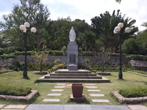 Khu mộ thi sĩ Hàn Mặc Tử ở TP Quy Nhơn, tỉnh Bình ĐịnhẢnh: DƯƠNG QUANG
