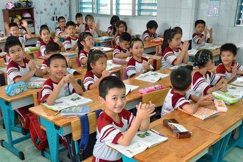 Giáo viên sẽ nhận xét, đánh giá học sinh tỉ mỉ hơn khi áp dụng Thông tư 22 Ảnh: TẤN THẠNH