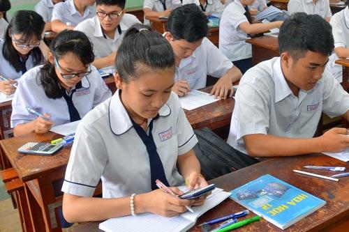 TP HCM vẫn chờ chương trình khung của Bộ Giáo dục và Đào tạo để biên soạn bộ sách giáo khoa riêng Ảnh: TẤN THẠNH