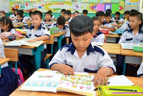 Học sinh tại TP HCM trong giờ học tiếng Anh Ảnh: TẤN THẠNH