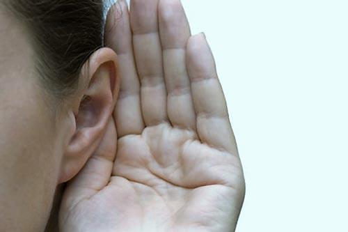 Nghiên cứu mới nêu khả năng thể dục có thể giúp kéo giảm suy thoái thính lực do tuổi già Ảnh: HEALTHTAP