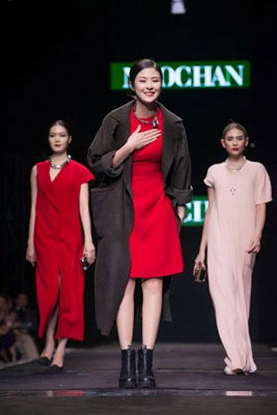 Ra mắt bộ sưu tập mới của nhà thiết kế Ngọc Hân Ảnh: MINH TÚ