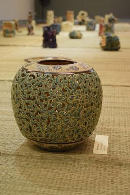 Bình gốm đẹp kinh điển của họa sĩ Đinh Công Lai
